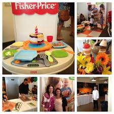 Fisher Price Servin Surprises Kitchen Table by Fisher Price Servin Surprises Kitchen U0026 Table Magical