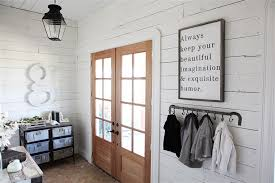 chip and joanna farmhouse chip and joanna gaines fixer upper home tour in waco texas