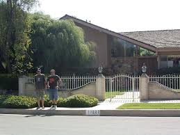 the real brady bunch house los angeles california brady bunch house los angeles california this is in a su flickr