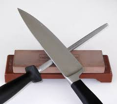 honing kitchen knives stay sharp tips and tricks for sharpening those kitchen knives