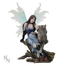 nila companion and wolf ornament nemesis now