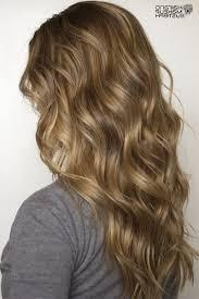 Frisuren Mittellange Braune Haare by 14 öse Wellige Frisuren Für Das Jahr 2017
