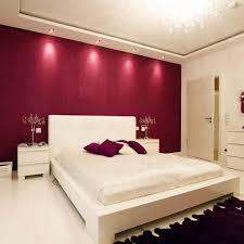 Schlafzimmer Kalte Farben Schlafzimmer In Dunkellila Hinreißend Auf Moderne Deko Ideen In