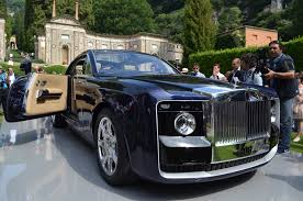 roll royce future car rolls royce pondering selling more one off coachbuilds