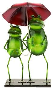 Decorative Frogs Metal Statue Features Green Rainy Day Frogs Red Umbrella Home