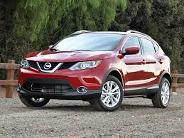 nissan awd sedan 2017 nissan rogue sport overview cargurus
