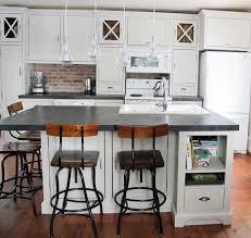 ilot de cuisine antique armoires de cuisine ilot et garde manger finition ancienne antique