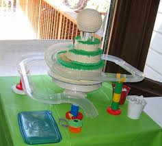 what a great mix of mini golf cake and marble run mini golf