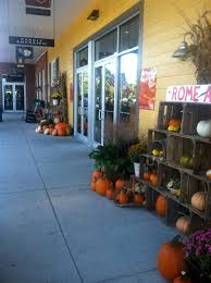 yankee candle williamsburg fall decorations james river grounds y3