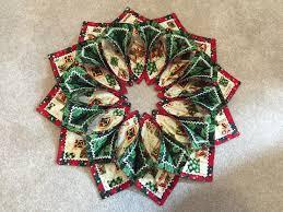 fold u0027n stitch wreath page 2