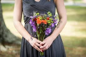 wholesale wedding flowers how to diy your wedding flowers advice tips resources