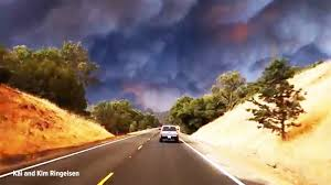 Wildfire Anderson Ca by Watch Mad Dash To Escape Wildfires In Northern California Nbc News