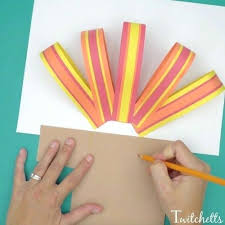 easy arts and crafts for with construction paper this easy