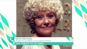 coronation street stars pay tribute to beloved liz dawn after vera