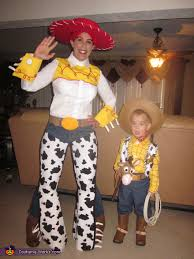 Jessie Woody Halloween Costumes Woody U0027s Gang Toy Story 2 Family Costume Photo 2 5