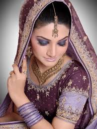 60 Best Indian Bridal Makeup Tips For Your Wedding Photos Of Indian Bridal Makeup The World Of Make Up