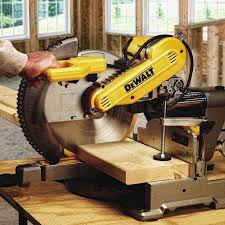 dewalt dws709 slide compound miter saw 12 inch amazon com