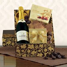 engagement gift baskets wedding wine baskets engagement chagne baskets at winebasket