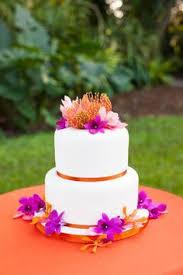 five perfect designs for your beach wedding cake beach wedding
