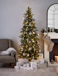 7ft fraser fir slim pre lit tree m s