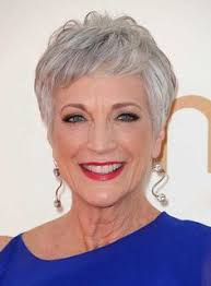 short grey hairstyles for straight thick hair why you should not color your awesome gray or silver hair gray