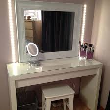 White Vanity Table With Mirror Bedroom White Bedroom Vanity Table With Lighted Mirror And Girly
