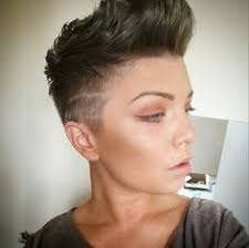 theo knoop new hair today holala this girl s ultra short hairstyle by theo knoop