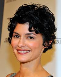 haircuts for oval faces and curly hair short pixie haircut for oval face