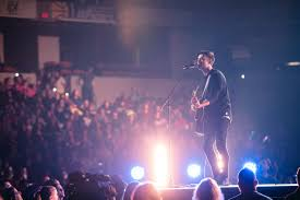 contemporary thanksgiving songs children of god u0027 new album debuts from christian musician phil wickham