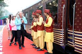 maharajas express train top differences between palace on wheels and maharajas express