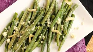 green bean thanksgiving recipes olive oil and garlic green beans with crumbled blue cheese