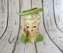Vintage Lady Head Vases She Found A Weird Antique Lady In Her Attic Its Value Amazing