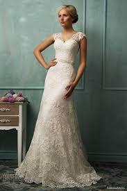 Wedding Dress Ivory 2017 Vintage Lace Wedding Dresses V Cut Neckline A Line Wedding