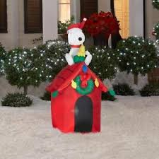 snoopy doghouse christmas decoration christmas airblown 4 snoopy woodstock dog house