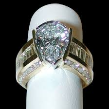 yellow gold diamond rings 18kt yellow gold diamond ring diamond jewelry cleveland oh
