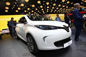 renault paris longer range renault zoe at the paris motor show photos u0026 videos