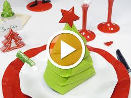 pliage de serviette en papier 2 couleurs feuille awesome pliage de serviettes pour noel ideas amazing house