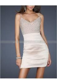 robe de soirée satin courte moulante décolleté en v bretelles