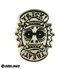 halloween patches trick or treat flipper pin u2013 goblinko megamall