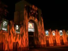 halloween horror nights pass a beginner u0027s primer guide to halloween horror nights 2015