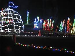 christmas lights and decorations in and near louisville