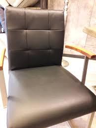 Esszimmer Mit Glastisch Angebote Für Bad Und Esszimmermöbel