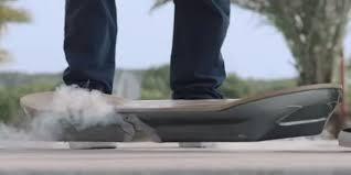 lexus hoverboard evolution hoverboard ul există e magic şi pluteşte chiar şi peste apă