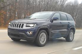 charcoal jeep grand cherokee spyshots 2014 jeep grand cherokee facelift loses almost all camo