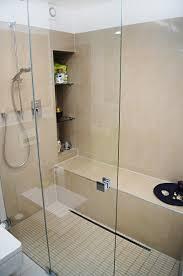 sitzbank für badezimmer intelligente planung bringt kleine bäder groß raus bundesbaublatt