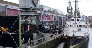 bristol ship the mv balmoral ploughs into ilfracombe harbour as