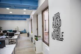 bureau start up les stickers muraux de bureau la tendance pour la décoration des