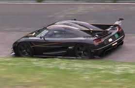 koenigsegg crash koenigsegg prepares to take down nurburgring lap record video