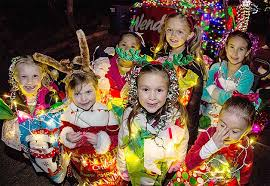 Tucson Parade Of Lights Best Bets Festive Lights Add Holiday Twinkle Aztecpressonline
