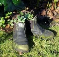 how to make flower pots from old boots and shoes dengarden